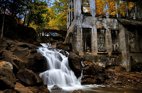 The ruins in the fall