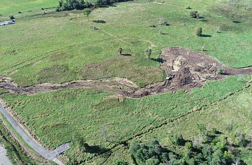 Vue aérienne des travaux d'amélioration des terres humides au ruisseau Stillwater, septembre 2020.