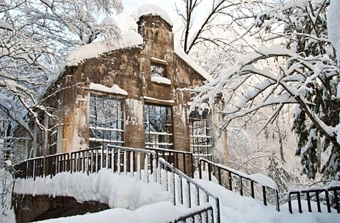 The ruins in the winter