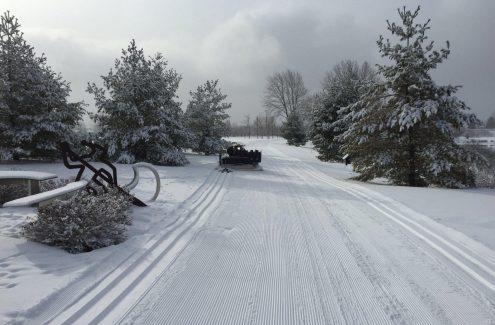 Le sentier d'hiver SJAM fraîchement damé.
