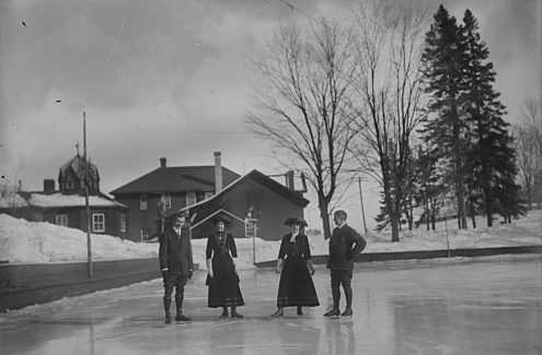Credit: Topley Studio / Library and Archives Canada / PA-043083