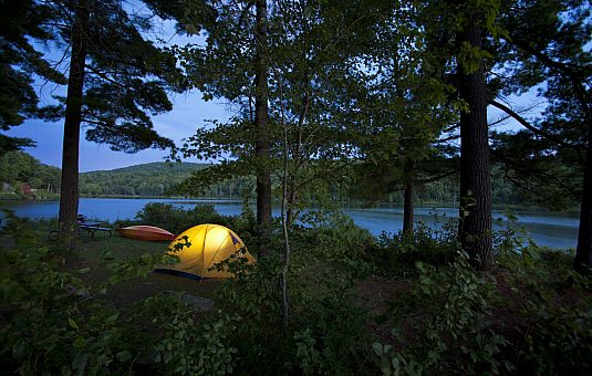 Choose your camping experience in Gatineau Park