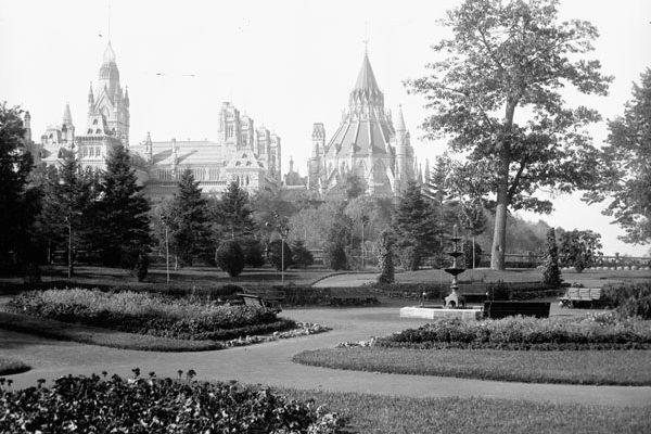 Photo : William James Topley / Bibliothèque et Archives Canada