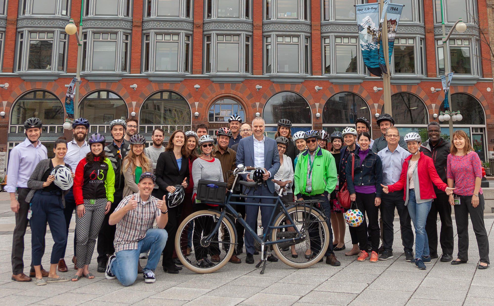 Les employés de la CCN participent au Mois du vélo au boulot